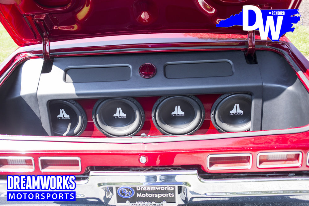 Donk-on-Forgiatos-With-JL-Audio-System-by-Dreamworksmotorsports-10.jpg