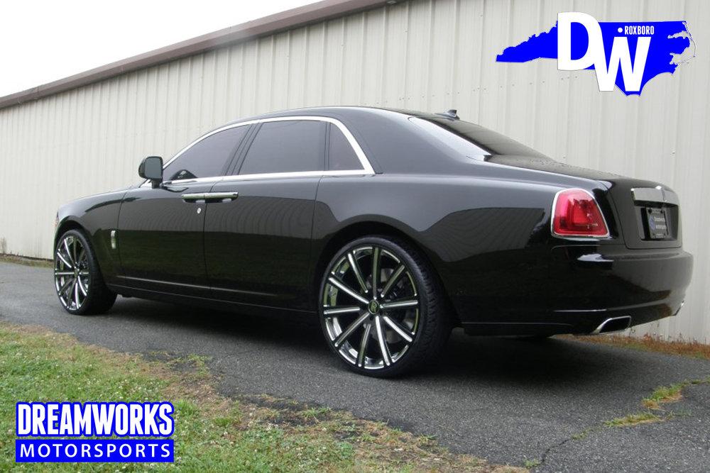 Rolls_Royce_Ghost_By_Dreamworks_Motorsports-2.jpg
