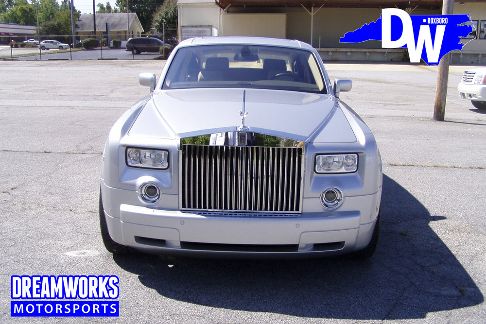 Rolls_Royce_Phantom_By_Dreamworks_Motorsports-1.jpg