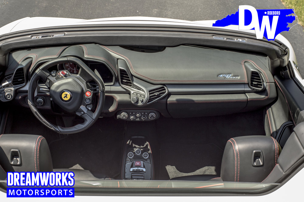 Ferrari_458_Spider_white_by_Dreamworks-Motorsports-interior.jpg
