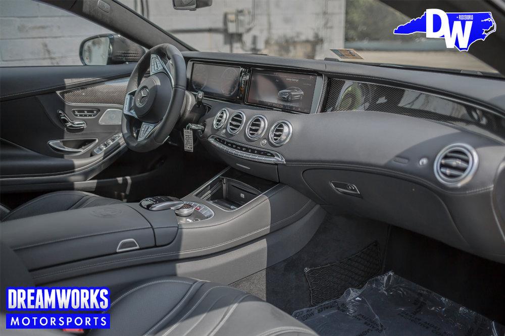 Matte_Grey_Mercedes-Benz_S63_AMG_coupe_Greenbrier_PGA_event_Dreamworks_Motorsports_interior-2.jpg