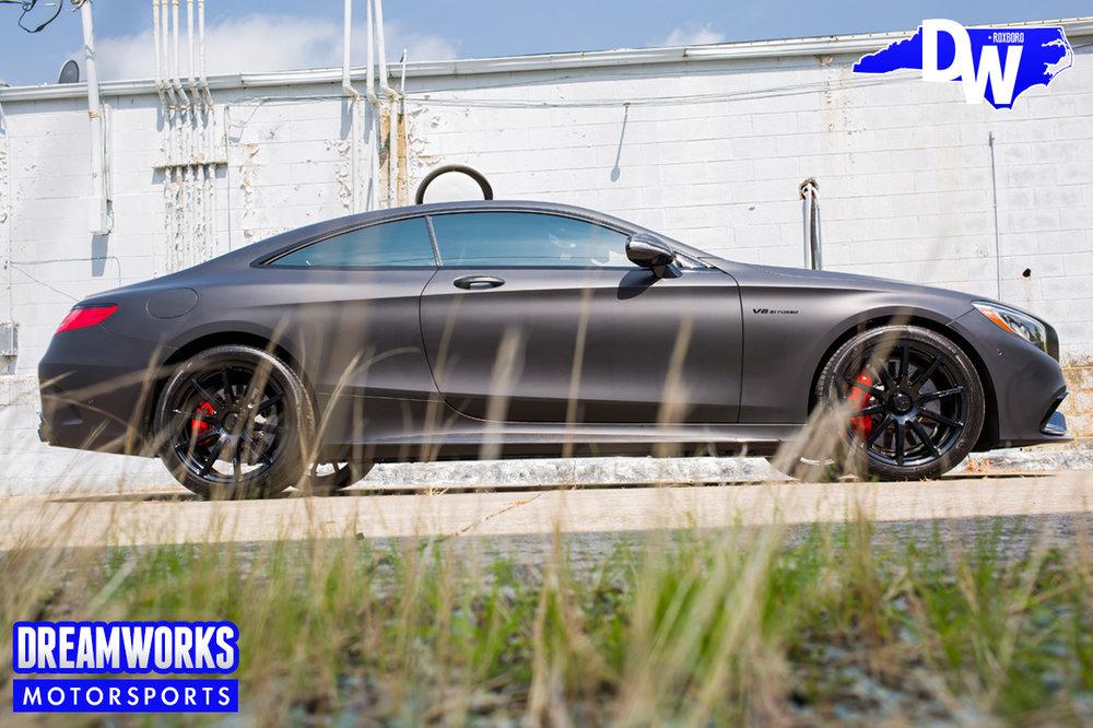 Matte_Grey_Mercedes-Benz_S63_AMG_coupe_Greenbrier_PGA_event_Dreamworks_Motorsports-side.jpg
