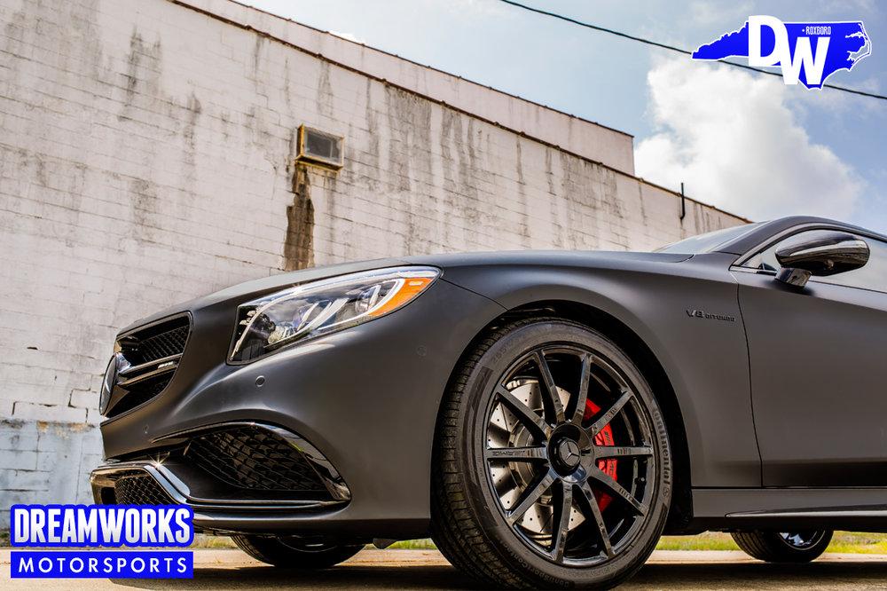 Matte_Grey_Mercedes-Benz_S63_AMG_coupe_Greenbrier_PGA_event_Dreamworks_Motorsports-wheel.jpg