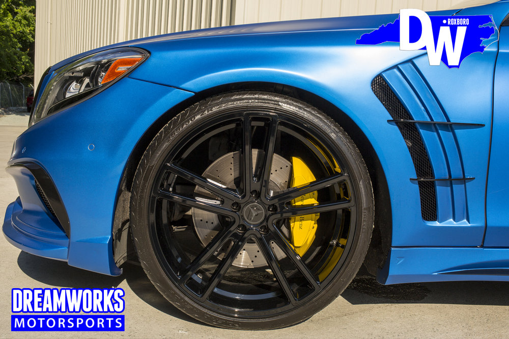 matte-s550-al-jefferson-dreamworks-motorsports-black-bison-body-kit_32140151490_o.jpg