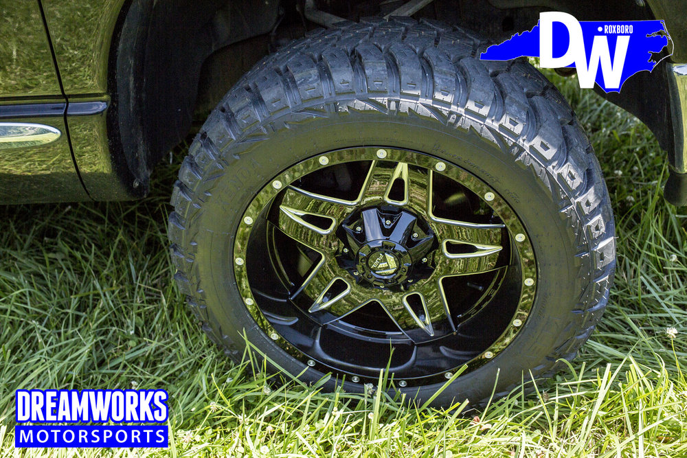 Dodge_Ram_1500_By_Dreamworks_Motorsports-2.jpg
