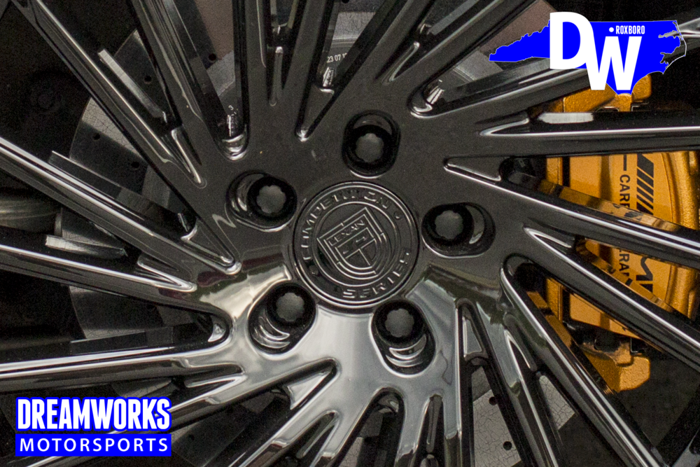 Dreamoworks-Motorsports-Mercedes-S63-AMG-Lexani-Wheels-Troy-Daniels-Memphis-Grizzlies-painted-brakes.png
