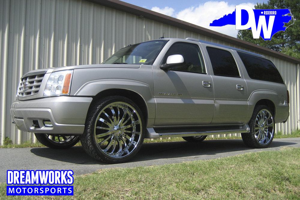 Cadillac-3.jpg