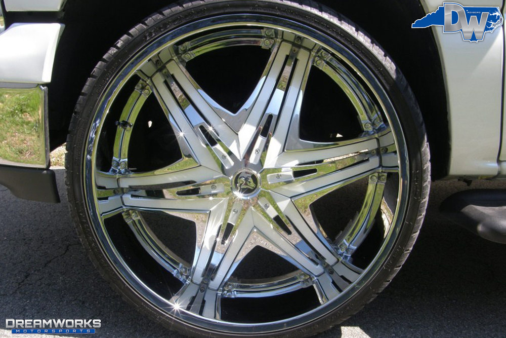 Chevrolet_Tahoe_By_Dreamworks_Motorsports-3.jpg