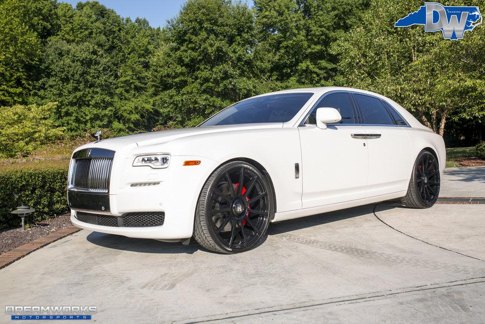 Rolls_Royce_Ghost_By_Dreamworks_Motorsports-1.jpg