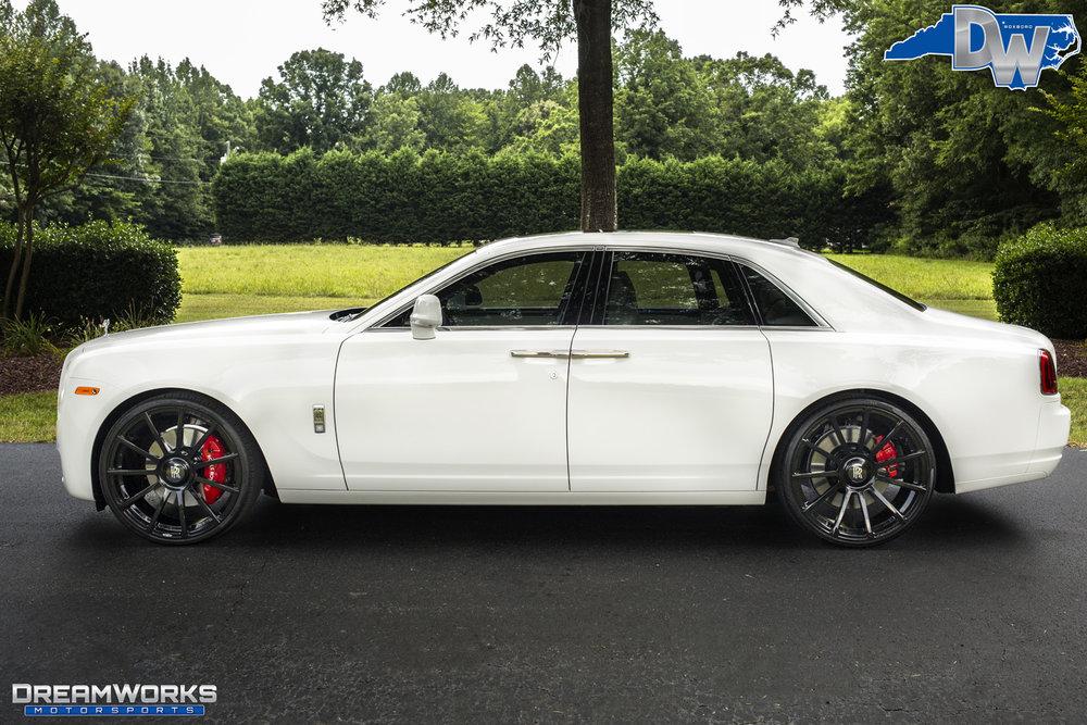 Rolls_Royce_Ghost_By_Dreamworks_Motorsports-12.jpg