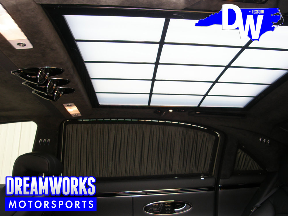 Jerrry-Stackhouse-NBA-UNC-Tar-Heel-Maybach-Black-1-Dreamworks-Motorsports-3.jpg