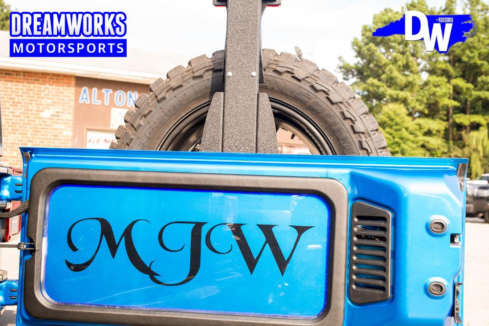 Gerald-Wallace-NBA-Bobcats-Charlotte-Nets-Celtics-Jeep-Blue-Dreamworks-Motorsports-7.jpg