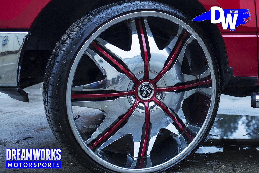 Robert-Quinn-NFL-LA-Rams-UNC-Tarheels-Ford-F250-Dreamworks-Motorsports-4.jpg
