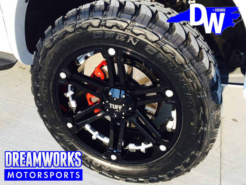 Wesley-Matthews-NBA-Portland-Trailblazers-Dallas-Mavericks-Marquette-Ford-Raptor-Dreamworks-Motorsports-5.jpg