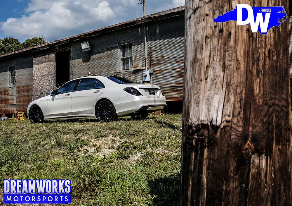 Linval-Joseph-NFL-Minnesota-Vikings-Mercedes-S550-By-Dreamworks-Motorsports-4.jpg