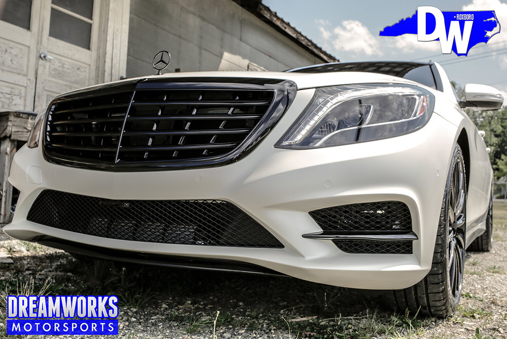 Linval-Joseph-NFL-Minnesota-Vikings-Mercedes-S550-By-Dreamworks-Motorsports-5.jpg