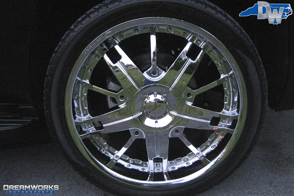 Chevrolet_Tahoe_By_Dreamworks_Motorsports-4.jpg