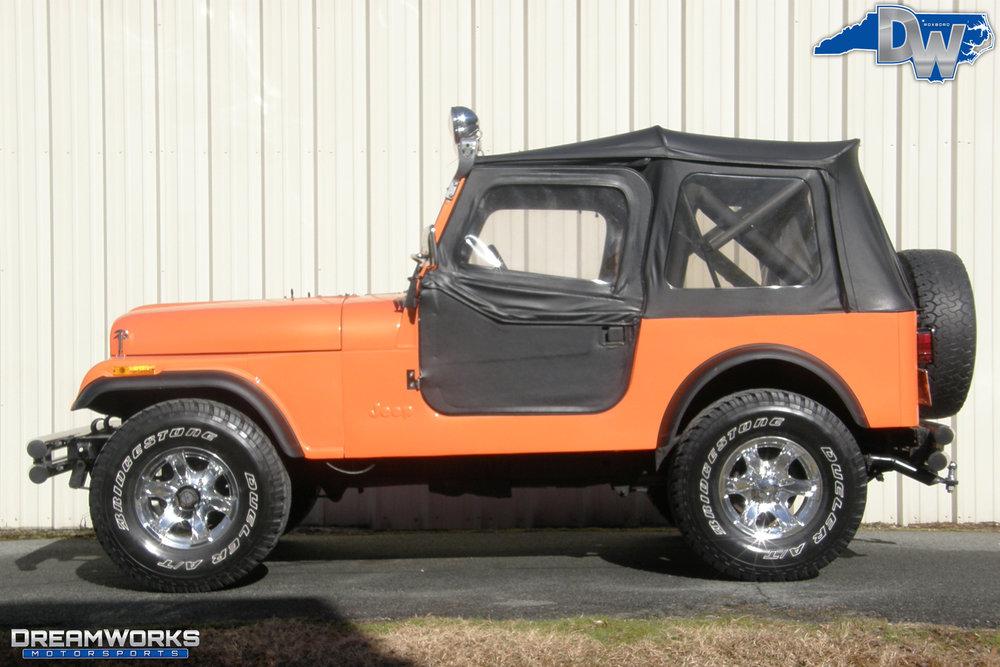 1984-Jeep-CJ-7-Dreamworks-Motorsports-9.jpg
