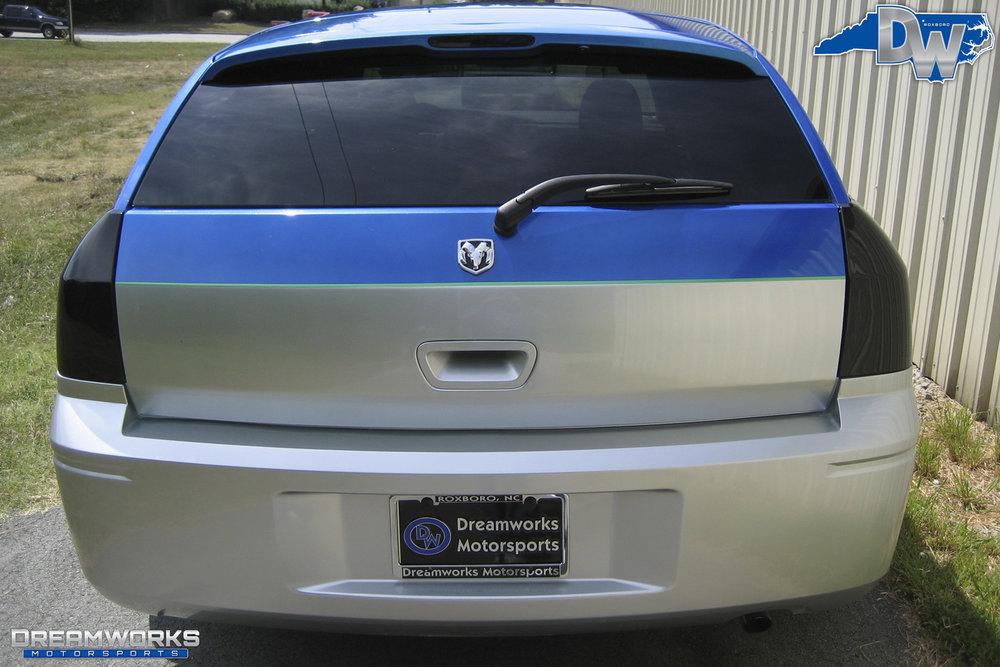 Dodge_Magnum_By_Dreamworks_Motorsports-1.jpg