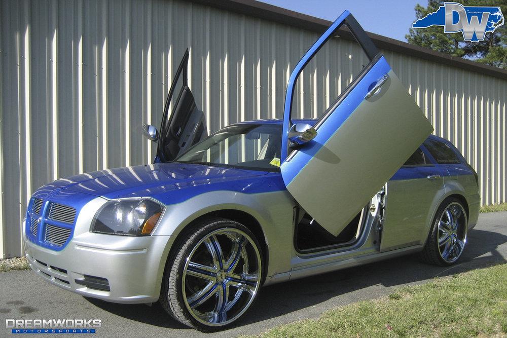 Dodge_Magnum_By_Dreamworks_Motorsports-8.jpg