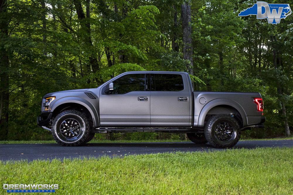 Matte-Grey-Ford-Raptor-Dreamworks-Motorsports-4.jpg