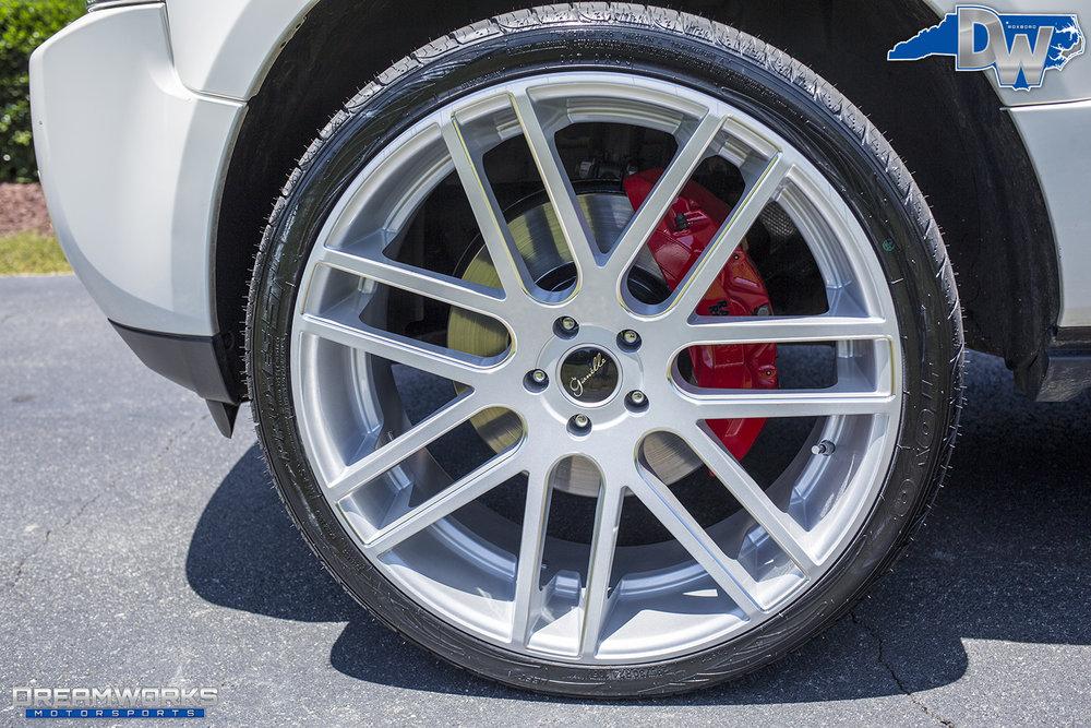 White-Range-New-Dreamworks-Motorsports-9.jpg