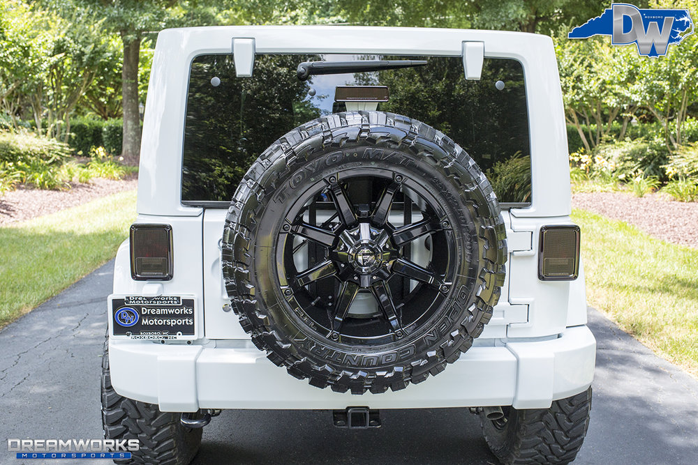 All-White-Jeep-Dreamworks-Motorsports-Stamped-6.jpg