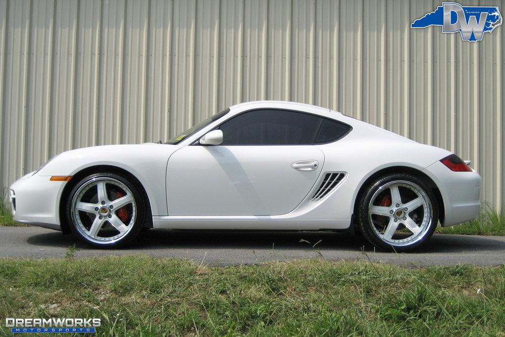 Porsche-Cayman-S-White-Dreamworks-Motorsports-2.jpg