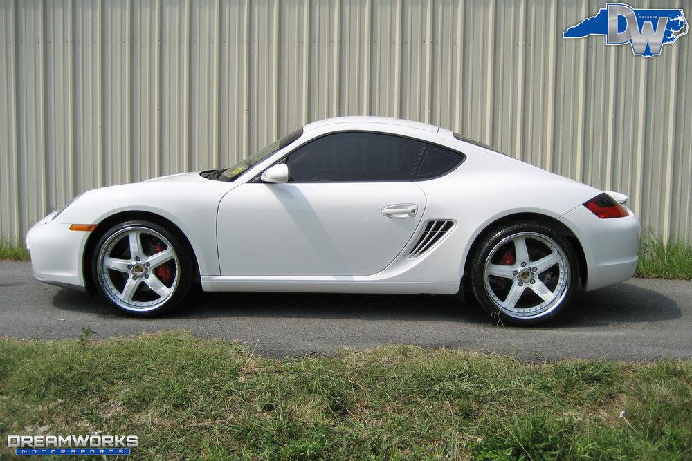 Porsche-Cayman-S-White-Dreamworks-Motorsports-1.jpg