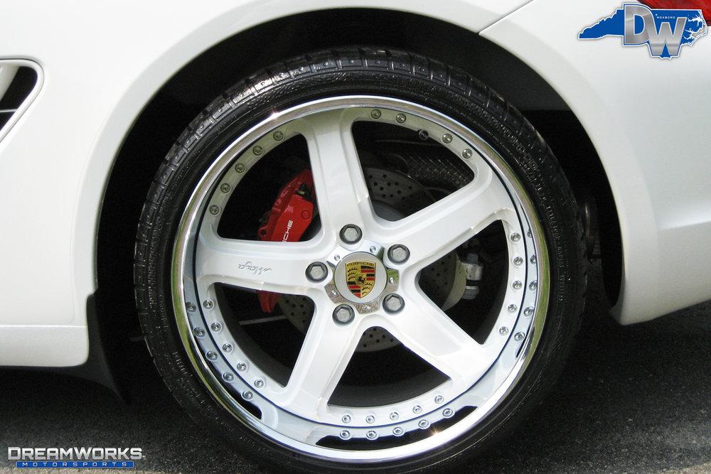 Porsche-Cayman-S-White-Dreamworks-Motorsports-9.jpg