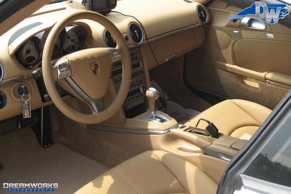Porsche-Cayman-S-White-Dreamworks-Motorsports-10.jpg