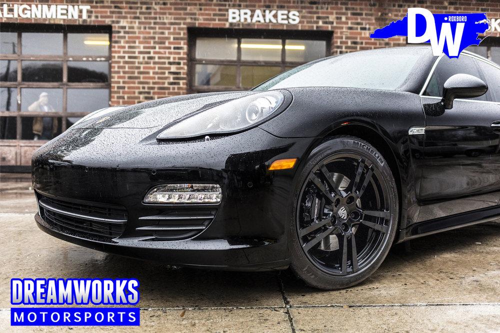 Black-Porsche-Panamera-S-Dreamworks-Motorsports-5.jpg