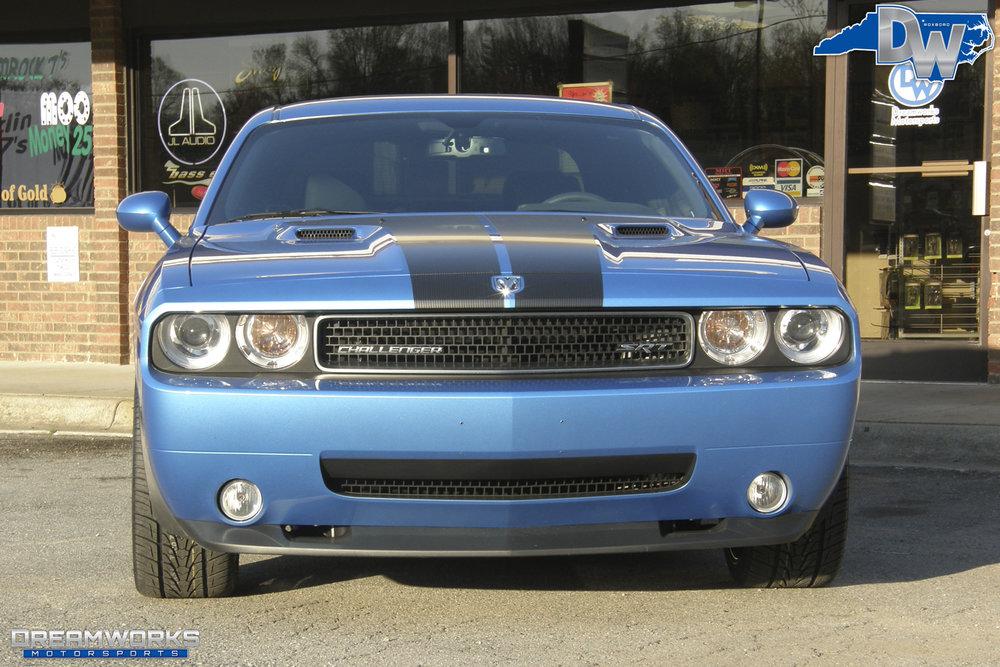 Dodge_Challenger_By_Dreamworks_Motorsports-1.jpg