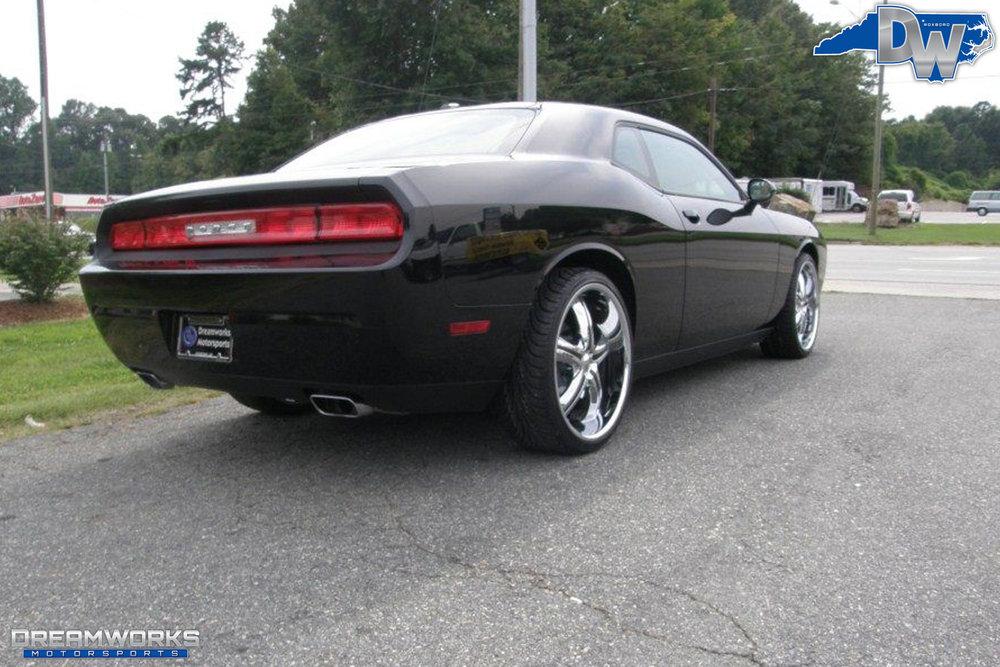 Dodge_Challenger_By_Dreamworks_Motorsports-2.jpg