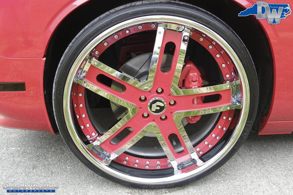 Dodge_Challenger_SRT8_By_Dreamworks_Motorsports-10.jpg