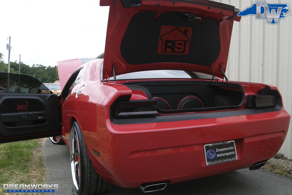 Dodge_Challenger_SRT8_By_Dreamworks_Motorsports-15.jpg