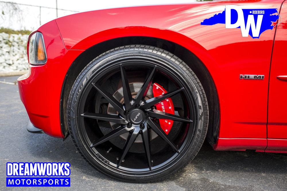 Dodge_Charger_Daytona_By_Dreamworks_Motorsports-1.jpg
