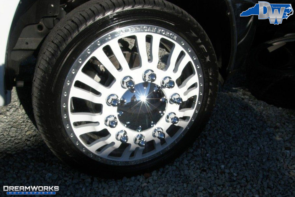 Dodge_Ram_2500_By_Dreamworks_Motorsports-11.jpg