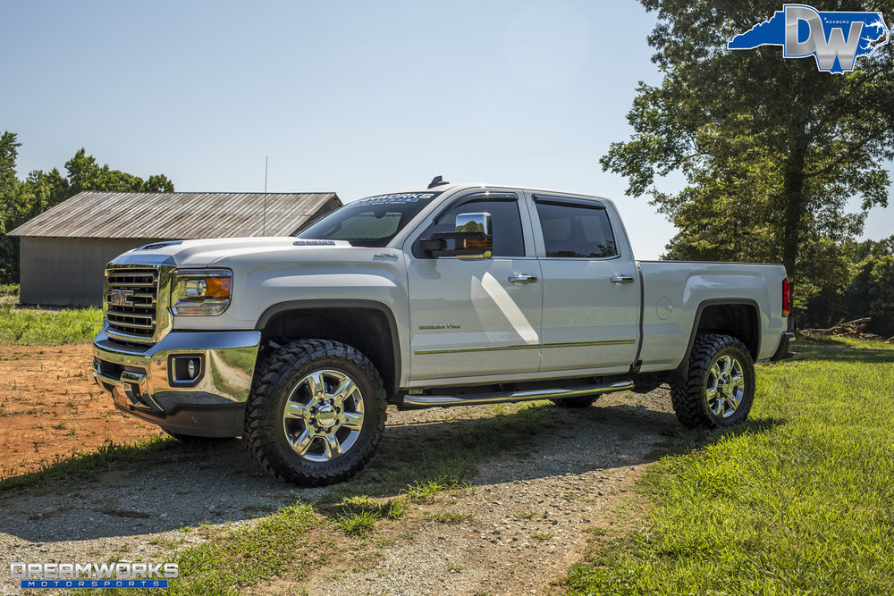 GMC_By_Dreamworks_Motorsports-15.jpg