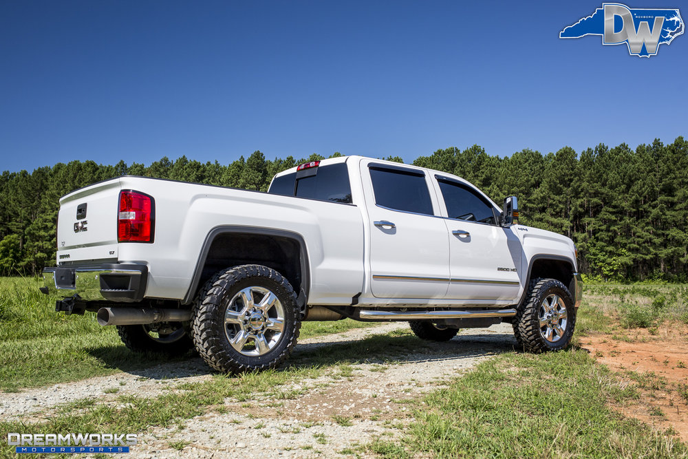 GMC_By_Dreamworks_Motorsports-18.jpg