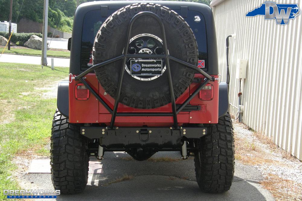 2004-Jeep-Wrangler-Dreamworks-Motorsports-12.jpg
