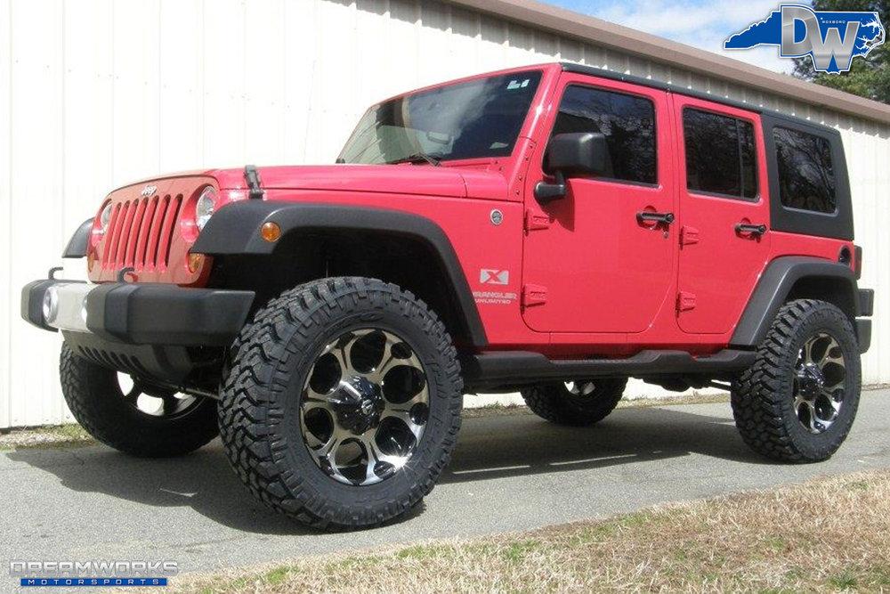 2010-Jeep-Wrangler-Unlimited-Dreamworks-Motorsports-1.jpg