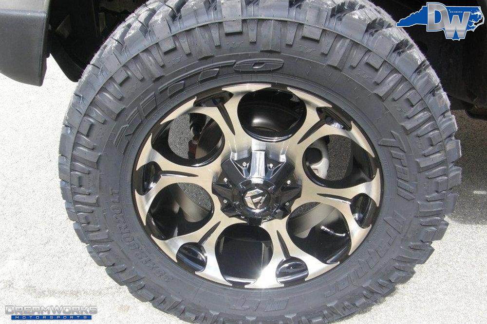 2010-Jeep-Wrangler-Unlimited-Dreamworks-Motorsports-5.jpg