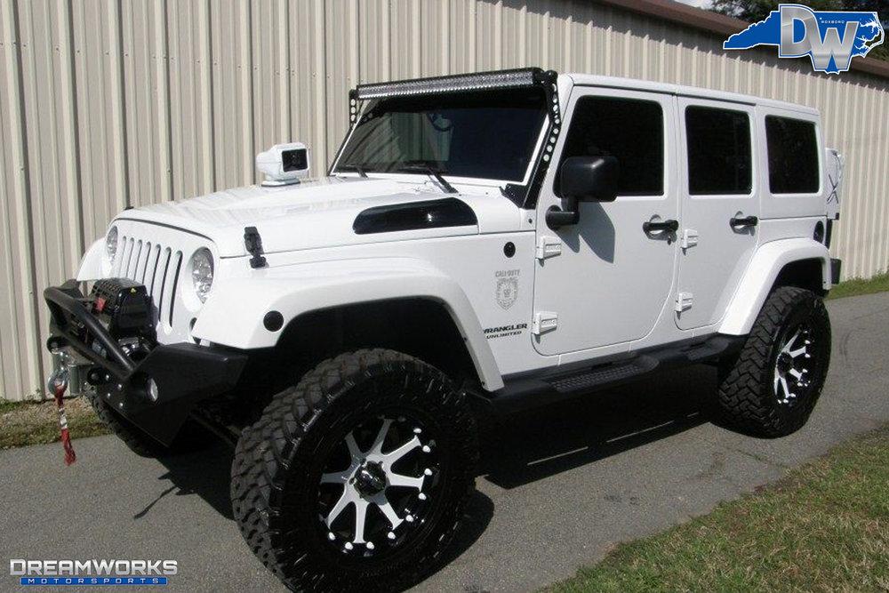 2011-Jeep-Wrangler-Dreamworks-Motorsports-5.jpg