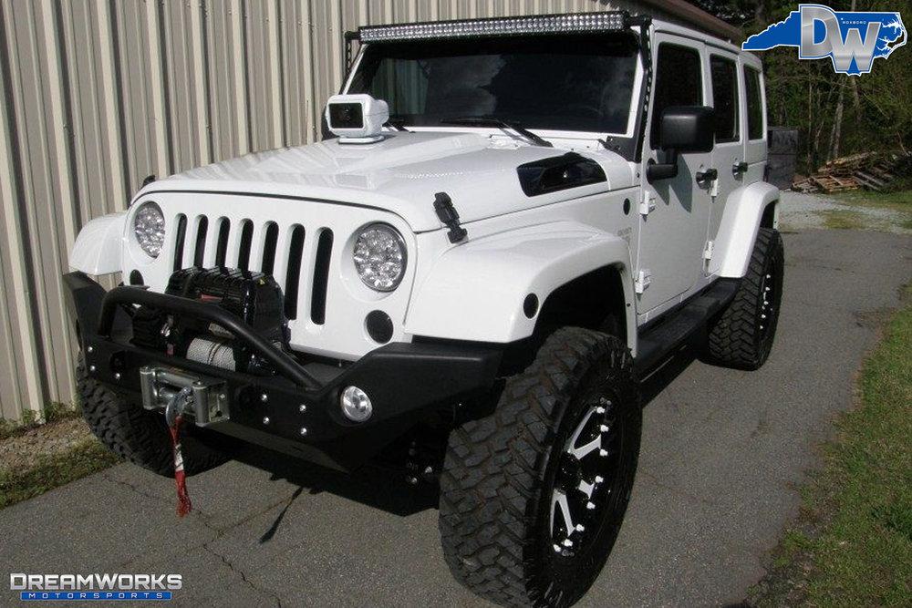 2011-Jeep-Wrangler-Dreamworks-Motorsports-8.jpg