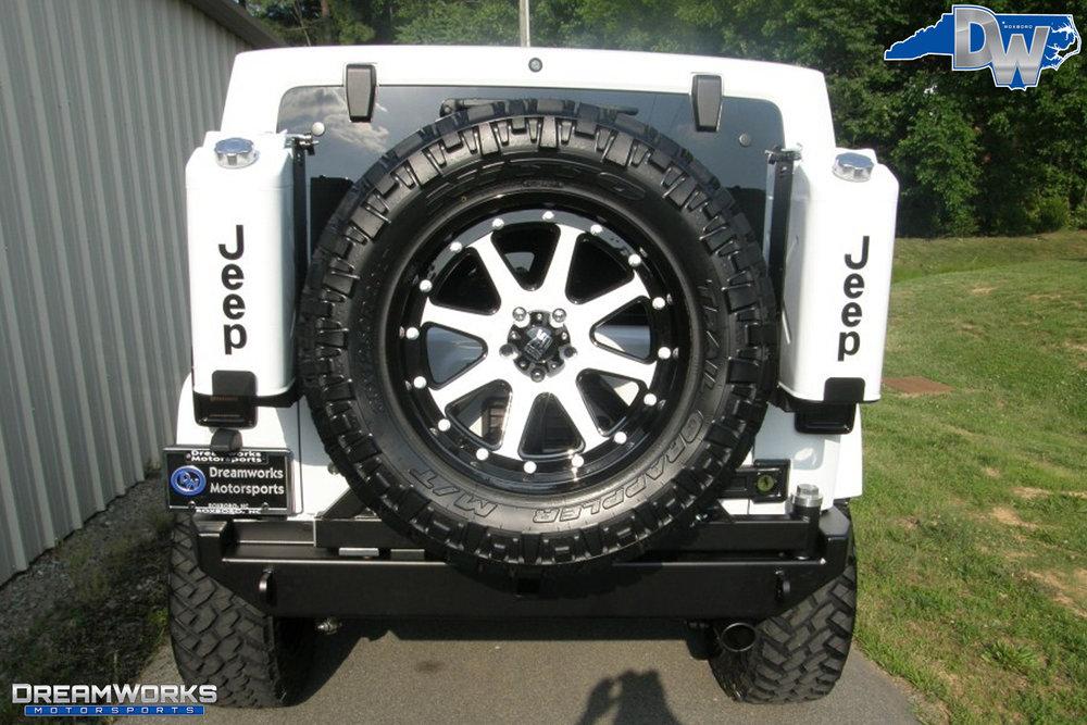 2011-Jeep-Wrangler-Dreamworks-Motorsports-9.jpg