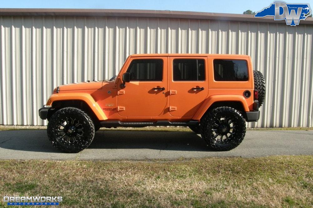 2012-Jeep-Wrangler-JK-Dreamworks-Motorsports-1.jpg