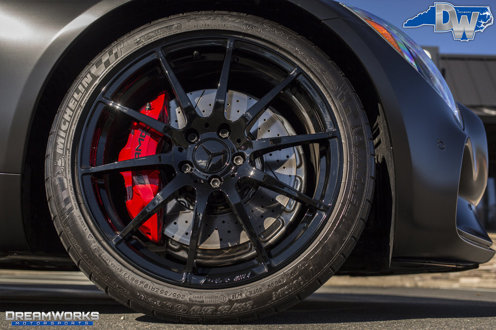 Mercedes-Benz-AMG-GT-S-Kelly-Oubre-Dreamworks-Motorsports-Stamped-9.jpg