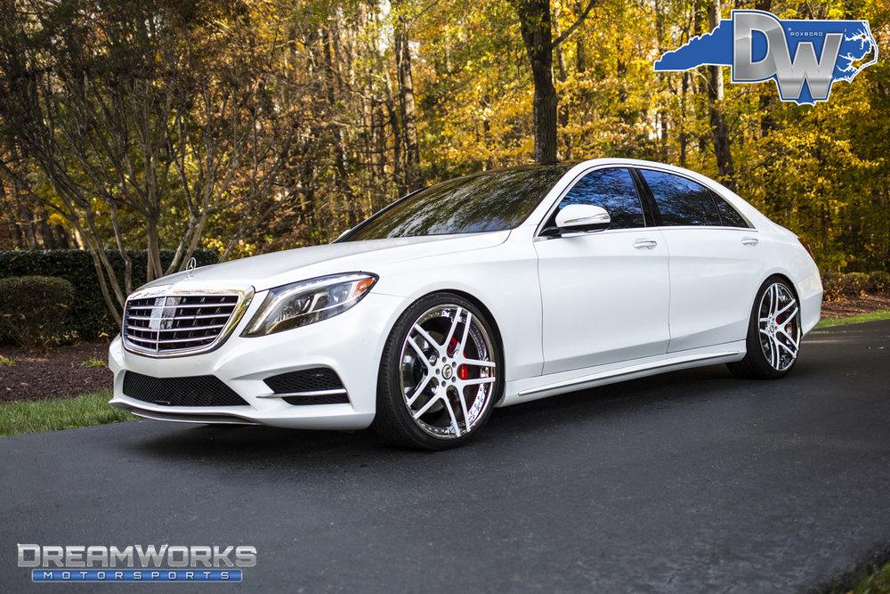 White-Mercedes-S550-on-Forgiato-Wheels-Dreamworks-Motorsports-11.jpg