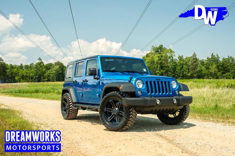 Blue-Jeep-Wrangler-Dreamworks-Motorsports-1.jpg